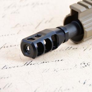 確実な銃口管理が身につくカリキュラムもタクティカルトレーニングにはある